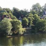 Schöne Wohnlagen am Ufer der Seine.